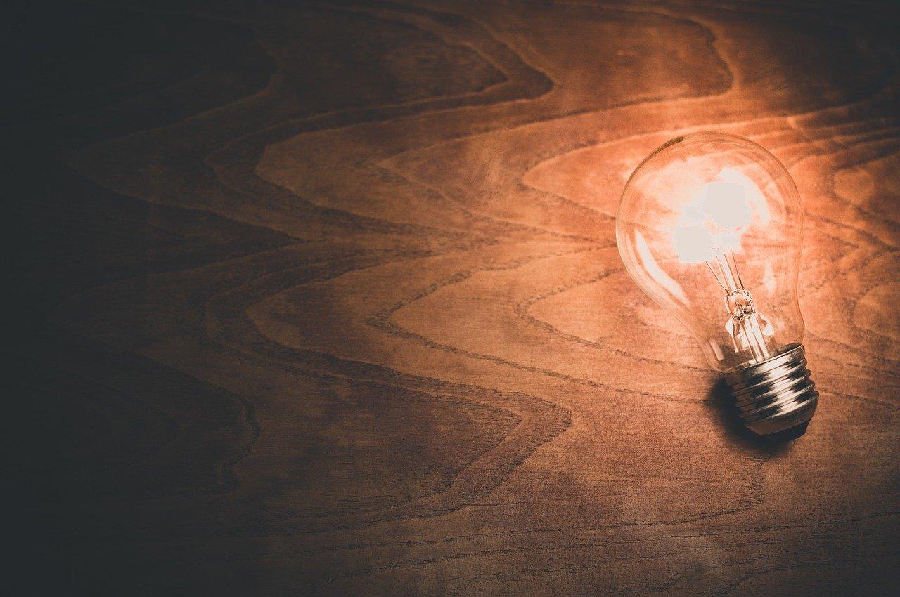 Glödlampa för innovation och patentansökningar